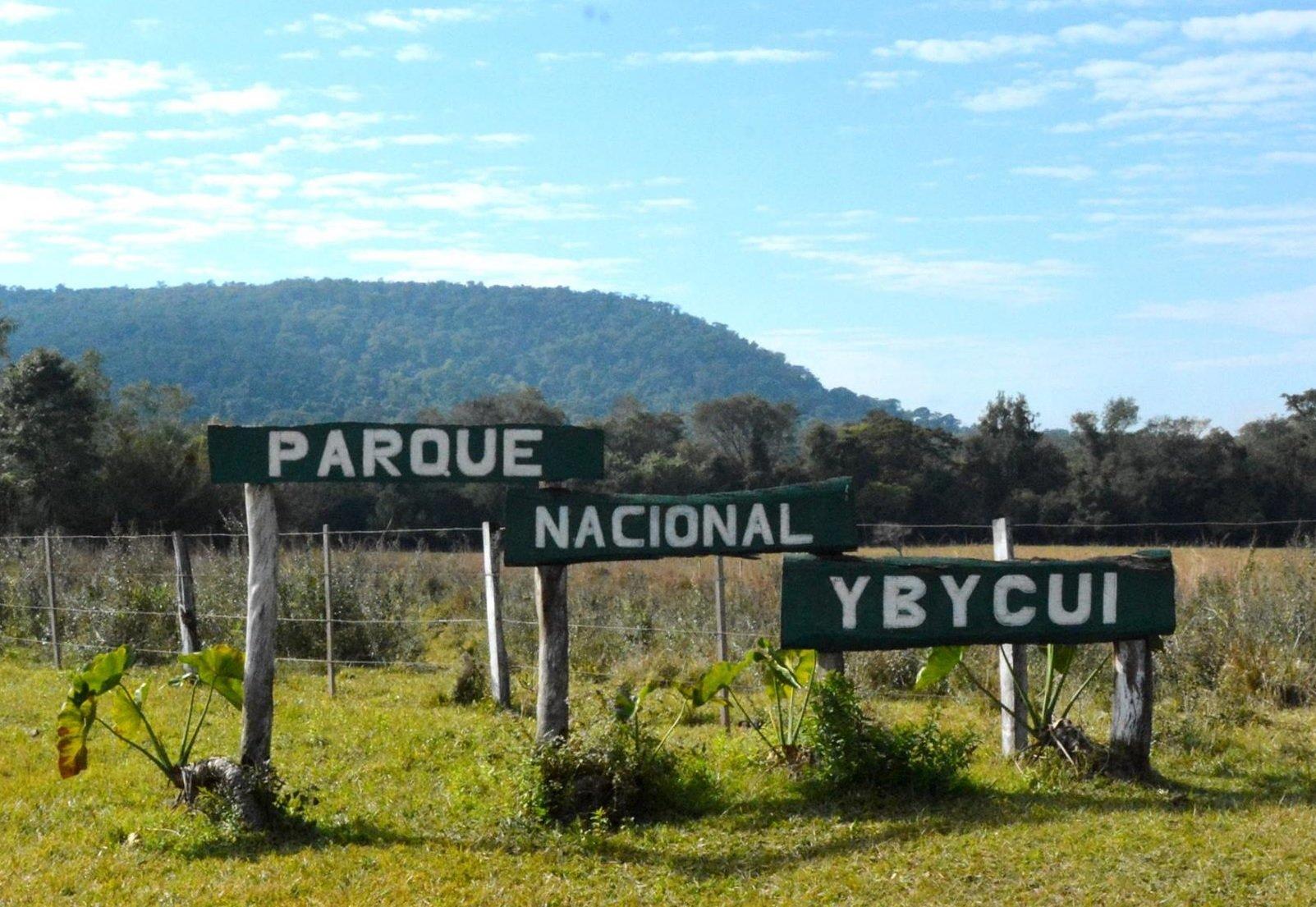 entrada parque nacional ybycui mades