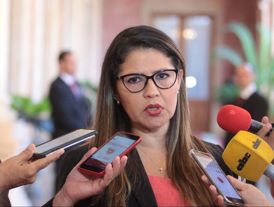 cecilia pérez ministra de justicia
