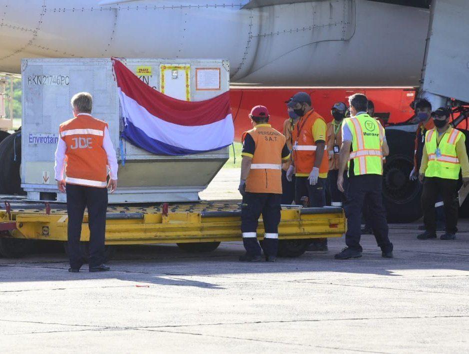 vacunas anti covid paraguay llegada aeropuerto