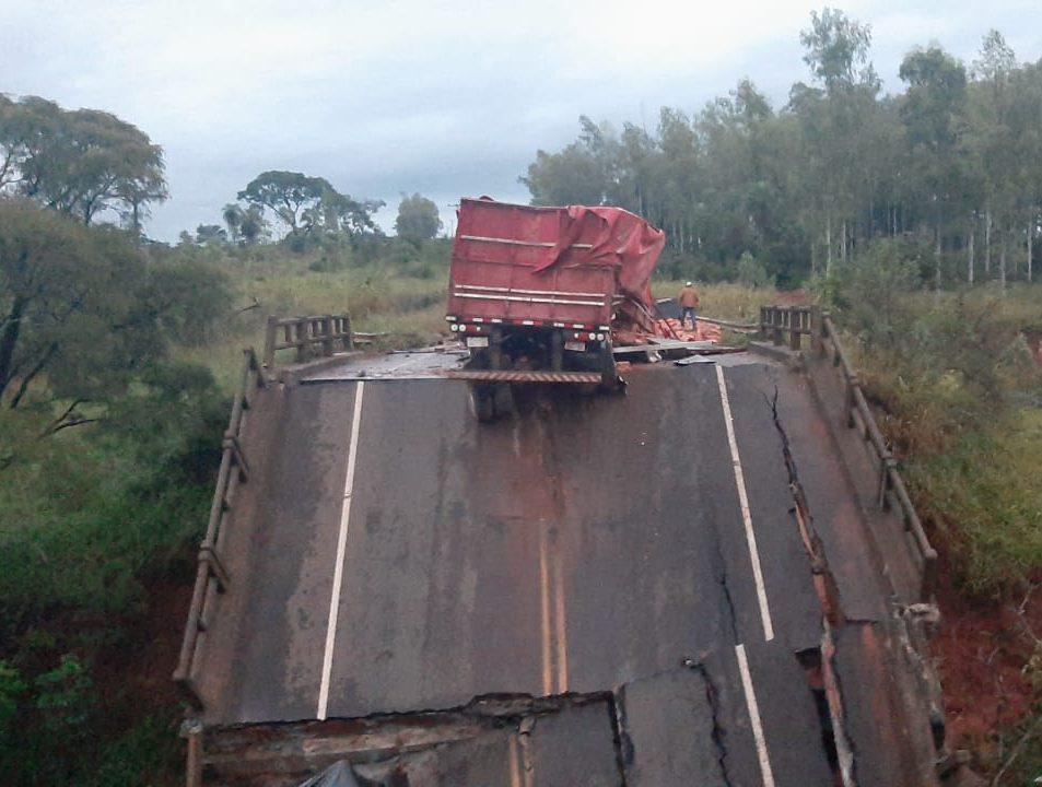caida puente tacuati 02