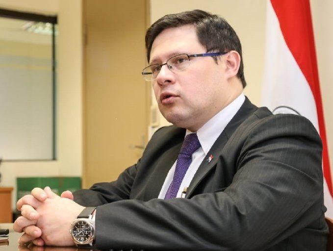 viceministro de la SET, Óscar Orué