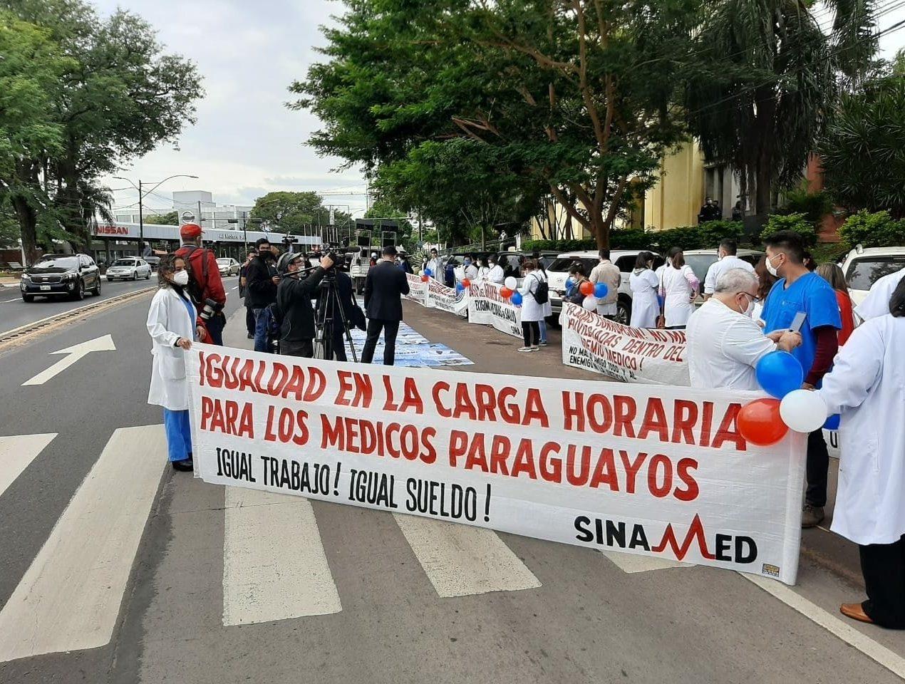 sinamed paraguay medicos 01
